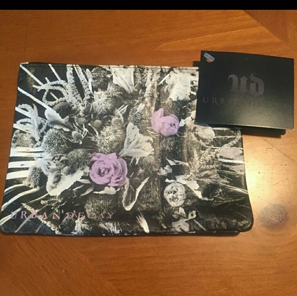 Sephora Handbags - Urban Decay cosmetic bag